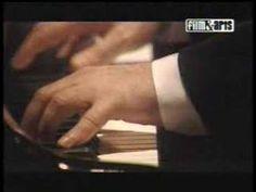 Daniel Barenboim -- 3rd movement of the wonderful Moonlight Sonata --  Presto agitato