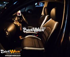 Seatwear di Honda Pluit  Seatwear adalah sarung jok mobil dengan desain yang stylish dan inovatif untuk interior jok mobil anda. Seatwear menggunakan kombinasi bahan yang tahan lama karena memakai kulit PU.  Untuk Pemesanan bisa datang langsung ke Dealer Honda terdekat atau bisa menghubungi sales kami :  Sales Representative 1 (JhuJhu) HP : 085777810007 BB : 5D3EB7E8  Sales Representative 2 (Putra Ahen) HP : 082298191580  BB  : 5C65B0AE  www.seatwear.co.id info@seatwear.co.id
