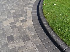 Paramount Paving Specialist walling brickwork fences railings steps block paving in kent essex and london build ponds Front Garden Ideas Driveway, Front Yard Walkway, Front Door Steps, Driveway Landscaping, Fence Ideas, Driveway Blocks, Block Paving Driveway, Brick Driveway, Asphalt Driveway