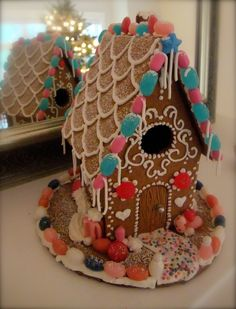 My little gingerbread house 2012
