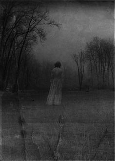 Moody photo, maybe by BonnieBleuVa