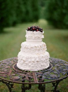 ruffles, cherries and berries oh my  Photography by jenfariello.com