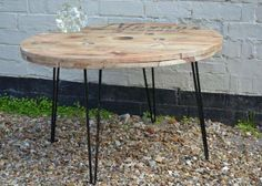 Recycled cable reel on retro hairpin legs