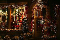Google Image Result for http://s3.favim.com/orig/38/christmas-light-lights-merry-christmas-night-Favim.com-316096.jpg
