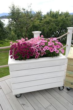 DIY: Bygg Outdoor Furniture, Outdoor Decor, Outdoor Storage, Home Decor, Decoration Home, Room Decor, Home Interior Design, Backyard Furniture, Lawn Furniture