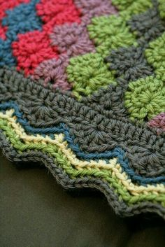 I think I've done this pattern before, but I LOVE the border!!!