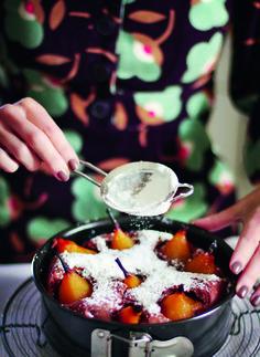 """Köstlicher Birnenkuchen aus """"Fräulein Klein lädt ein"""" von Bloggerin Yvonne Bauer ©Yvonnne Bauer"""