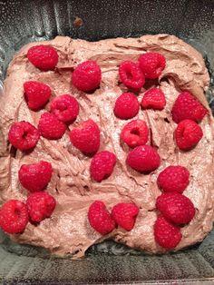 Lowfat Chobani Raspberry Brownies (sub w/ oat flour, more yogurt for butter, and a sugar substitute)
