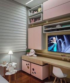 Quando o quartinho infantil prioriza fases da criança com beleza e funcionalidade by Kids Room, Room, Room Design, Home, Girl Bedroom Designs, Kids Room Desk, Bedroom Design, Kids Bedroom Designs, Kid Room Decor
