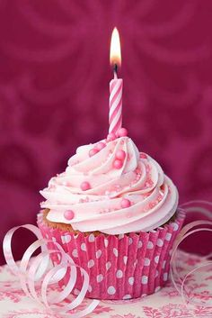 ideas for cupcakes cute pink birthday cards Happy 1st Birthday Princess, Happy 1st Birthday Wishes, Happy Birthday Beautiful, Happy Wishes, Happy 1st Birthdays, Pink Birthday, Happy Birthday Images, Birthday Greetings, Birthday Desserts