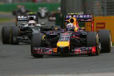 Im Albert Park von Melbourne in Australien findet der Saisonauftakt der Formel 1 2015 statt.