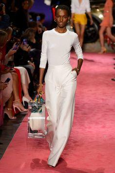 Brandon Maxwell at New York Fashion Week Spring 2019 - Runway Photos New Fashion Trends, Fashion Tips For Women, New York Fashion, Fashion Show, Fashion Design, Fashion Blogs, Fashion Fashion, Fashion Websites, Fashion Styles