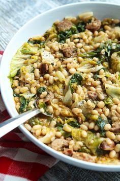 Escarole With White Beans & Sausage Raw Food Recipes, Pork Recipes, Veggie Recipes, Italian Recipes, Cooking Recipes, Hamburger Recipes, Veggie Food, Tuscan Recipes, Polenta Recipes