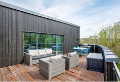 Terrassen over carporten. Outdoor Furniture Sets, Outdoor Decor, Home Decor, Patio, Pictures, Decoration Home, Room Decor, Home Interior Design, Home Decoration