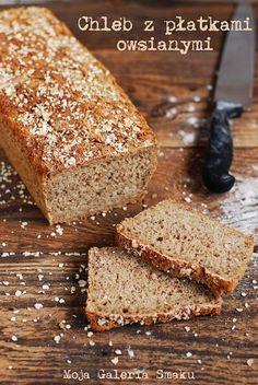 Bread with oat flakes Bakery Shop Design, Bulgarian Recipes, Polish Recipes, Bread Baking, Pain, Bread Recipes, Baked Goods, Banana Bread, Sweet Treats
