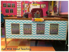 This desk! Just Wild About Teaching: Classroom Reveal Classroom Layout, 5th Grade Classroom, Classroom Setting, Classroom Design, Kindergarten Classroom, Future Classroom, School Classroom, Classroom Themes, Classroom Rules