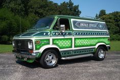 """Scott Kauffman dabbled with a variety of collector vehicles over the years and had some fun with a 1977 Chevrolet """"shorty"""" custom van for a while, but nothing like the dazzling """"Emerald Express"""" 1974 Chevrolet custom van that he discovered last year."""
