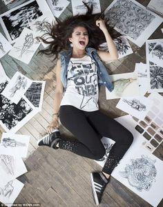 selena gomez selfies   Selena Gomez, en sexy campaña para Adidas FOTOS