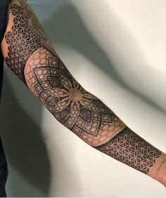 Mandala Forearm Tattoo Designs has been taken the world of tattoos by storm. Those who are yoga practitioners and focus on the Anuttarayoga tantra mainly we Dotwork Tattoo Mandala, Mandala Tattoo Sleeve, Geometric Sleeve Tattoo, Geometric Tattoo On Back, Geometric Tattoo Flower Of Life, Tattoo Sleeves, Geometric Tattoos Men, Geometric Tattoo Design, Mandala Tattoo Design