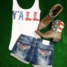 I like the shorts and tank top Country Girls Outfits, Country Girl Style, Country Fashion, Girl Outfits, Cute Outfits, My Style, Country Life, Country Music, Country Attire
