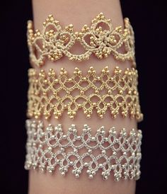 """diy_crafts- """"I made for friends last week. My 4 year old daughter is the arm and she really likes"""", """"Woman bracelet Tatting lace bracelet Gif Tatting Bracelet, Tatting Earrings, Lace Bracelet, Tatting Jewelry, Lace Jewelry, Handmade Jewelry, Arm Bracelets, Tatting Tutorial, Bracelet Tutorial"""