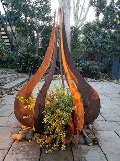 37 Awesome Outdoor Metal Garden Art Ideas You Must Try - Garten - . 37 Awesome Outdoor Metal Garden Art Ideas You Must Try - Garten - In modern cities,. Outdoor Sculpture, Outdoor Art, Metal Garden Sculptures, Metal Art Sculpture, Art Sculptures, Steel Sculpture, Outdoor Photos, Outdoor Decor, Art En Acier