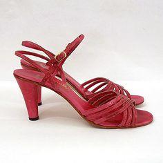 Vintage Sandal Heels / 1970s Rose Pink Fuchsia by LookAgainVintage