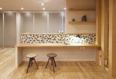 キッチンカウンター Living Room Kitchen, Interior Design Living Room, Living Room Decor, Kitchen Design, Kitchen Decor, Cafe Counter, Ideal Home, Apartment Design, Interior Architecture