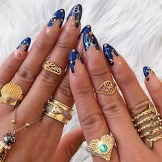 Here is the very best nail art inspiration now trending to inspire your next manicure . - Here is the very best nail art inspiration now trending to inspire your next manicure best - Crazy Nail Art, Crazy Nails, Cool Nail Art, Nail Art Blue, Sky Blue Nails, Pastel Nail Art, Star Nail Art, Star Nails, White Nail Art