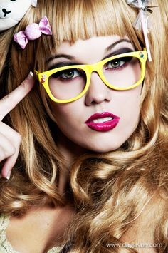 Candy Look #MakeUp for #Glasses  – Beauty Works London