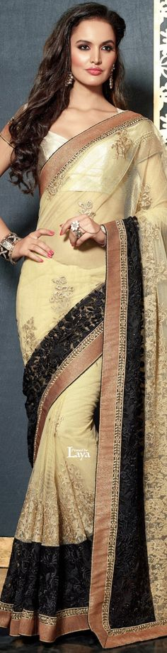 ♔LAYA♔.❋*✿SAREES.✿*❋. India Fashion, Ethnic Fashion, Asian Fashion, Fashion Women, Pakistani Dresses, Indian Dresses, Indian Outfits, Indian Bridal Lehenga, Indian Sarees