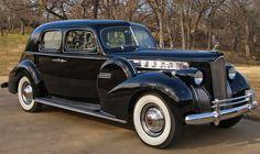 1939 Packard ✏✏✏✏✏✏✏✏✏✏✏✏✏✏✏✏ IDEE CADEAU / CUTE GIFT IDEA ☞ http://gabyfeeriefr.tumblr.com/archive ✏✏✏✏✏✏✏✏✏✏✏✏✏✏✏✏