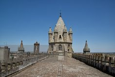 The roof of Evora Cathedral | Portugal