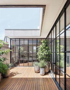 The Design Files - Flemish Architecture Revived In Cremorne - Photo,  Benjamin Hosking.