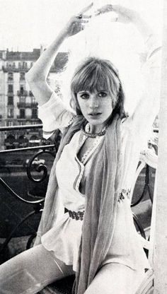 Marianne Faithfull  This looks so much like someone I know ...