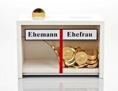 Originelle Spardose für Geldgeschenke zur Hochzeit / money box, wedding gift by Geschenke24 via DaWanda.com