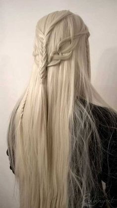 Long Box Braids: 67 Hairstyles To Upgrade Your Box Braids - Hairstyles Trends Elvish Hairstyles, Box Braids Hairstyles, Pretty Hairstyles, Hairstyles 2018, Fantasy Hairstyles, Latest Hairstyles, Medieval Hairstyles, Birthday Hairstyles, Hairstyles Videos