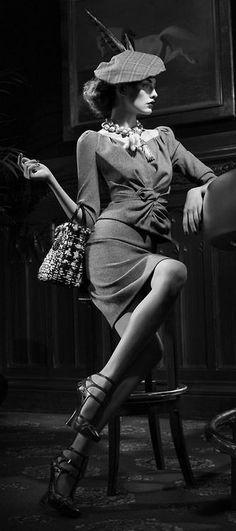 1940's dramatic fashion
