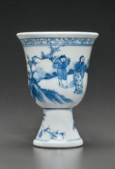 A blue and white stem cup, Shunzhi period, circa 1650-1660.