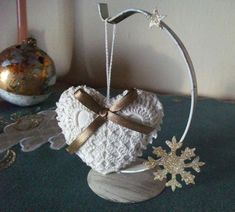 *** háčkované vianočné ozdoby *** SadaXmas 16*** / katval - SAShE.sk - Handmade Dekorácie Plant Hanger, Statues, Relax, Rose, Decor, Pendants, Xmas, Pink, Decoration