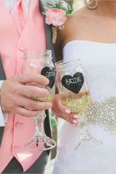 5 Wedding Splurges That Aren't Worth the Cost! Throughout the wedding process there will be elements that entice you to spend a little more than you were planning on — and we all know how tempting those can be! Some splurges are worth every penny while others may leave you with a case of serious budget regret. Here are a few guidelines to help you decide where to cut corners.