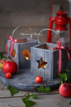 Christmas t light Christmas Wood Crafts, Noel Christmas, Christmas Projects, All Things Christmas, Christmas Decorations, Christmas Ornaments, Holiday Decor, Xmas, Centerpiece Decorations