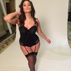 Model Ashley Graham has had many confessions to Stellar magazine. A shocking statement from US model Ashley Graham! Ashley Graham Pics, Ashley Graham Husband, Ashley Graham Instagram, Ashley Graham Lingerie, Sports Illustrated Swimsuit 2015, Modelos Plus Size, Curvy Models, Plus Size Model, Hot Outfits