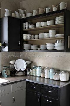 White dishes and Masons (from The Adventures of Elizabeth) Farmhouse Kitchen Decor, Kitchen Dining, Kitchen Ware, Kitchen Utensils, Kitchen Cupboards, Kitchen Pantry, Advent, Cozinha Shabby Chic, White Dishes