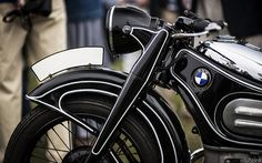 Old BMW motorcycle... not quite custom, but stunning nonetheless.