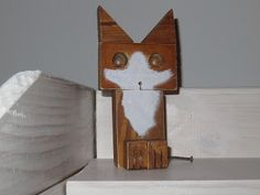 Wooden cat, Kalamondin Design