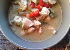 PaleOMG – Paleo Recipes – Creamy Chicken Chili  Awesome Recipe and super easy!!
