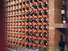 Lagerung von Wein in Tonelementen