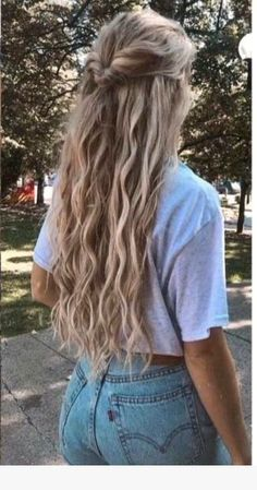 Charming 100 Hair Ideas for 2019 # Hairstyles for School .- Charming 100 Hair Ideas für 2019 # Frisuren für die Schule Charming 100 Hair Ideas for 2019 # Hairstyles for School - Curly Hair Styles, Natural Hair Styles, Hair Styles Easy, Easy Hairstyles For Long Hair, Braided Hairstyles, Cute Hairstyles For School, Trendy Hairstyles, School Hairdos, Cute Everyday Hairstyles