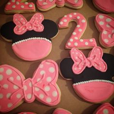 Minnie Mouse Decorated Sugar Cookies